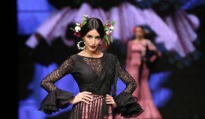 Recopilación de flores para el pelo de flamenca para comprar – El Top Treinta