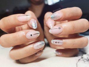 La mejor lista de uñas pintadas permanentes para comprar en Internet – Los 30 preferidos
