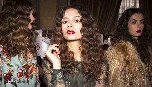Lista de mascarillas para cabello rizado para comprar en Internet – Los Treinta mejores