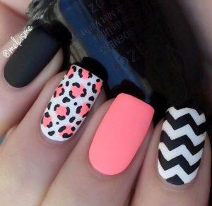 Listado de fotos de uñas decoradas de moda para comprar online
