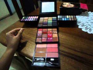 Ya puedes comprar los kit de maquillaje de victoria's secret – Los más solicitados
