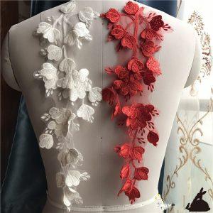 Selección de apliques de flores para vestidos para comprar on-line