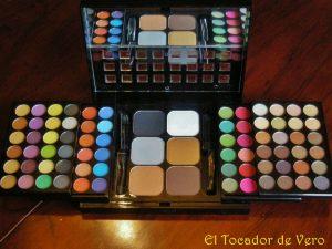 Catálogo para comprar por Internet kit de maquillaje nyx