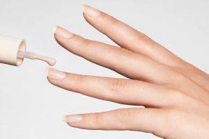 Selección de uñas largas pintadas para comprar por Internet