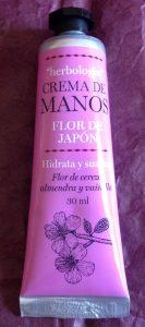 Catálogo para comprar en Internet crema de manos flor de japon