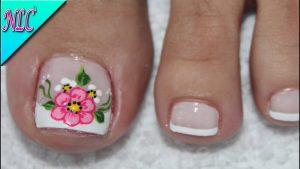 Ya puedes comprar los uñas simples y bonitas