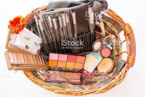 Catálogo para comprar por Internet cestas de maquillaje