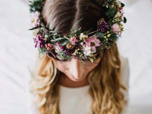 La mejor lista de recogido con diadema de flores para comprar