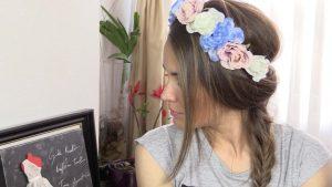 Catálogo para comprar por Internet peinado diadema flores