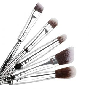 brochas maquillaje diseño varita mágica que puedes comprar en Internet