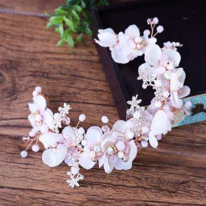 Catálogo de diademas de flores de moda para comprar online