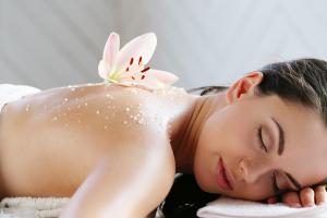 peeling corporal para verano que puedes comprar online