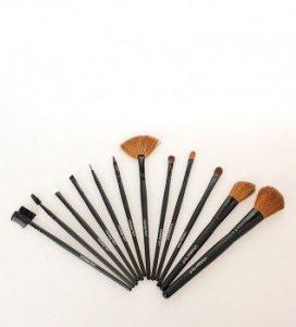 Catálogo de vicmartin kit de maquillaje para comprar online – Favoritos por los clientes