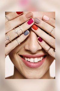 Selección de imágenes de uñas pintadas para comprar on-line – Los 30 mejores