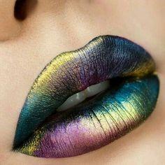 Catálogo de Pintalabios Shine Color Malva Brooklin para comprar online – Los más solicitados