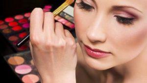 Recopilación de Gloss Kit Maquillaje Belleza Moda para comprar por Internet