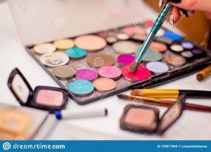 Catálogo para comprar en Internet cosas de maquillaje – Los 30 favoritos